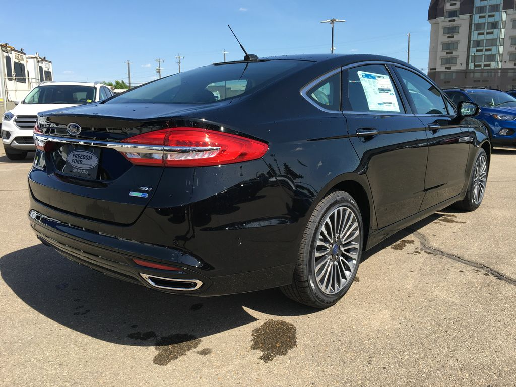 new 2017 ford fusion se 4 door car in edmonton 17fn5386 freedom ford. Black Bedroom Furniture Sets. Home Design Ideas